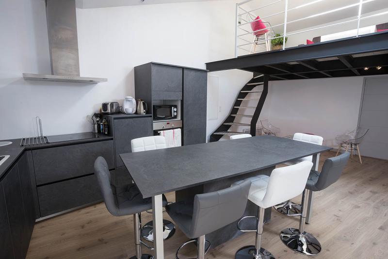 appartement meubl jeanne d albret 6 7 personnes centre. Black Bedroom Furniture Sets. Home Design Ideas